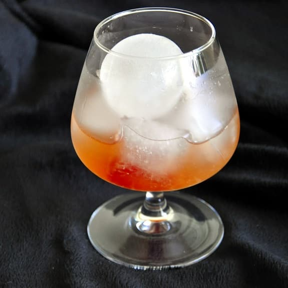 almond alcoholic cocktail