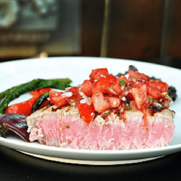 oven baked tuna with spicy salsa