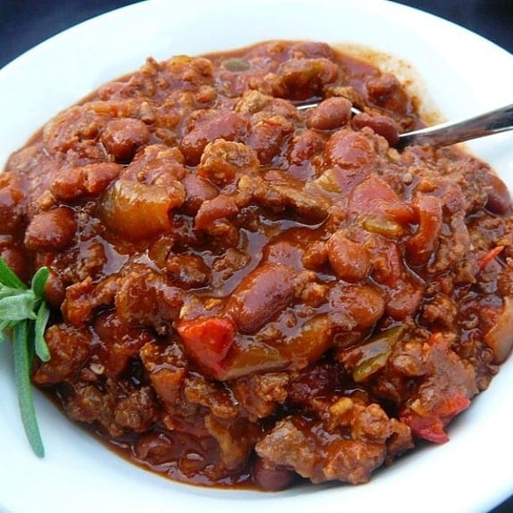 slow cooker chili with beans and beer