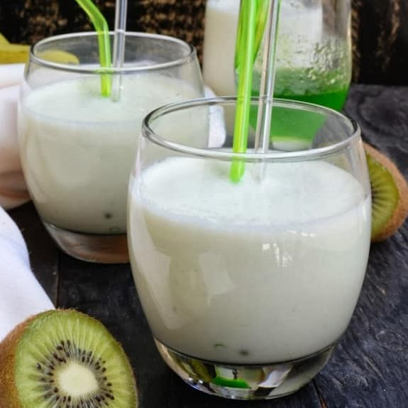 banana-kiwi smoothie