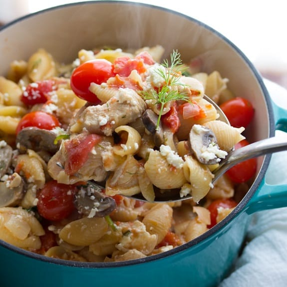 pasta with chicken,feta and dill