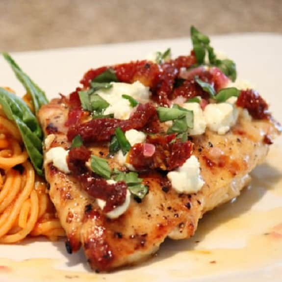 pressure cooker chicken breasts in creamy marinara