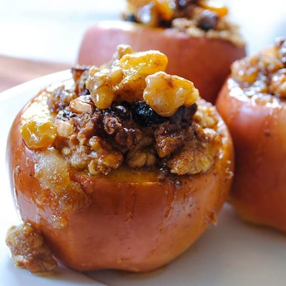 slow cooker cranberry-stuffed apples