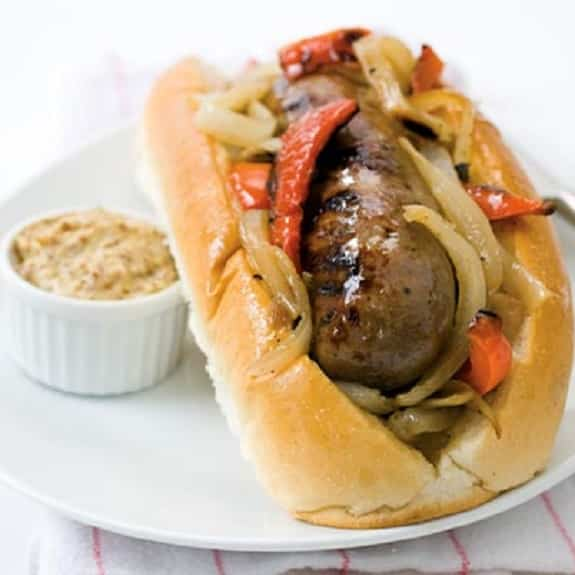 easy crock pot beer brat sandwiches recipe