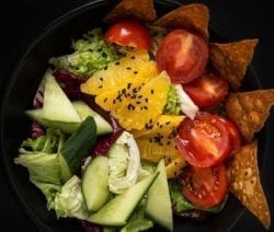 Easy tomato-orange salad recipe. Very healthy and tasty vegetable salad. An excellent choice for vegetarians! #salad #lowcarb #healthy #diet #easy #homemade #vegan #vegetarian #delicious #dinner