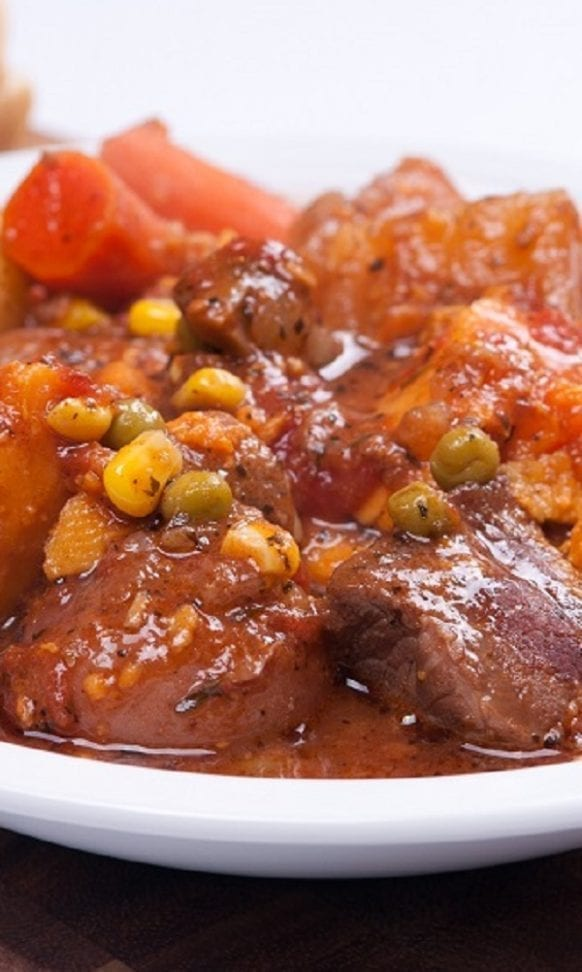 Easy vegetable and lamb stew recipe. Cubed lamb shoulder with vegetables cooked in the saucepan. Very delicious. #stew #lamb #dinner #homemade #delicious #hearty