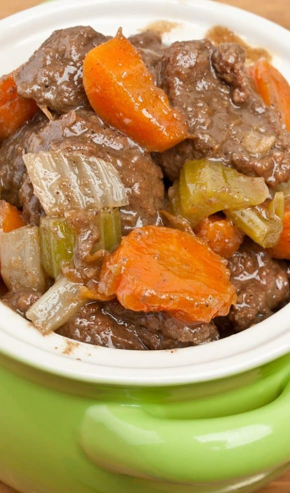 Slow cooker Italian beef stew recipe. This beef stew recipe belongs to Fine Italian Cuisine. Cubed beef with vegetables cooked in a slow cooker. #slowcooker #crockpot #beef #stew #easy #dinner #homemade #yummy
