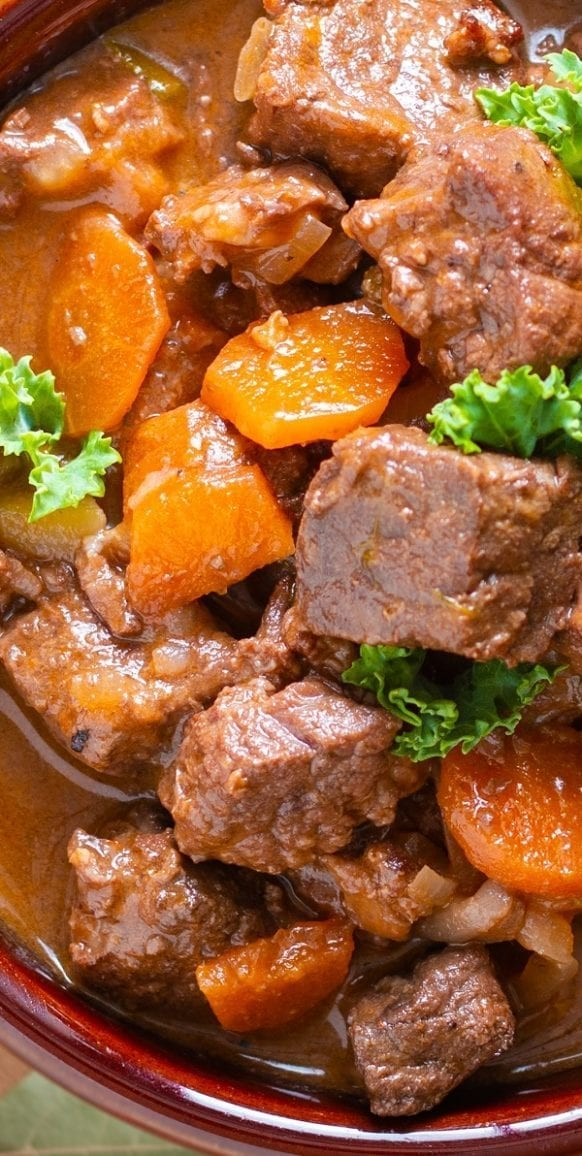 Slow cooker lamb stew. Lamb with vegetables cooked in a slow cooker. Easy and tasty!#slowcooker #crockpot #lamb #stew #dinner #homemade #easy