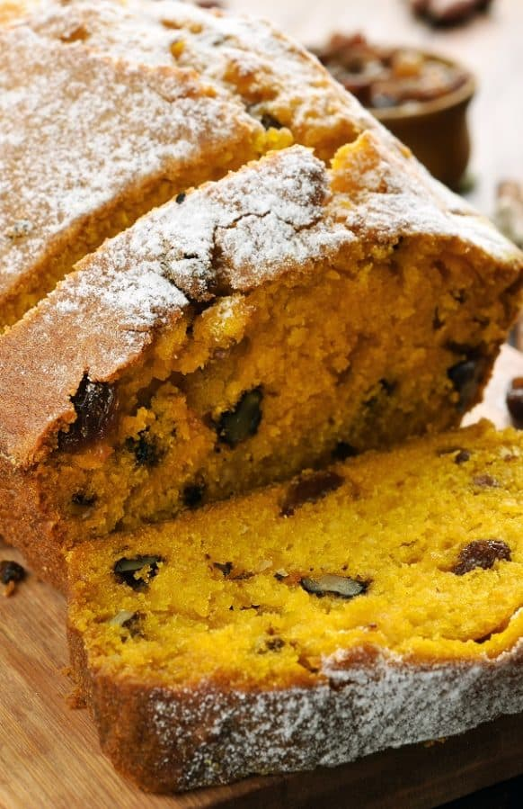 Slow cooker pumpkin bread recipe. Delicious and healthy whole wheat bread cooked in a slow cooker.#slowcooker #crockpot #breakfast #desserts #homemade #pumpkin #bread