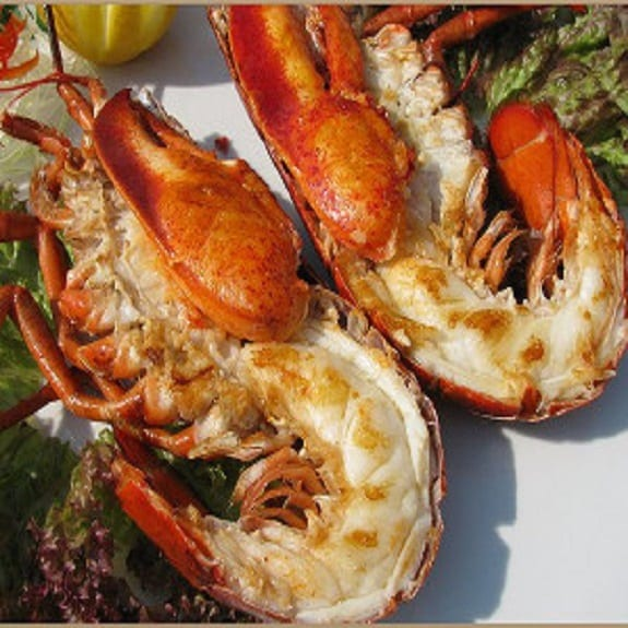 baked lobsters with hot mustard sauce