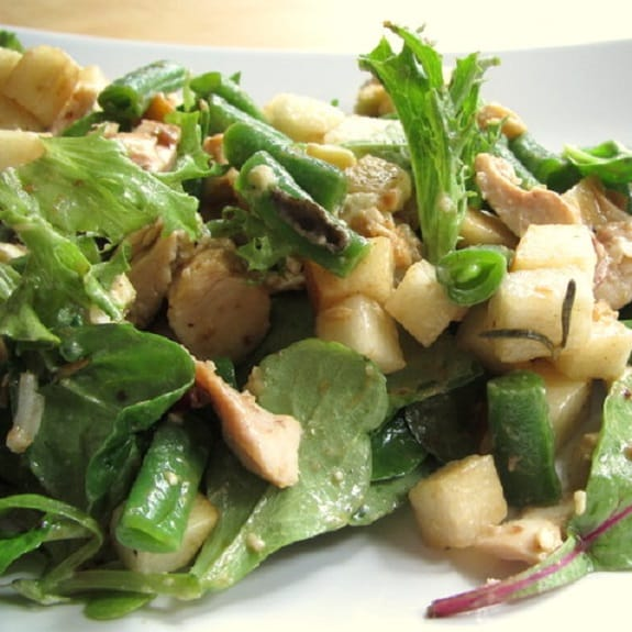 chicken salad with pear