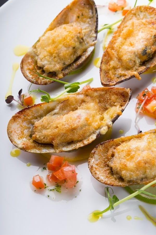 Grilled Green Mussels with Cumin #seafood #mussels #recipes #delicious #homemade #dinner #appetizers #party