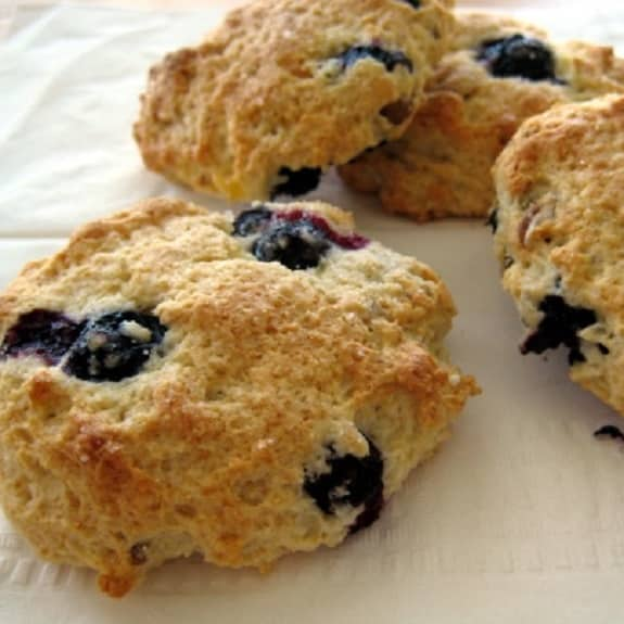 oven baked blueberry scones