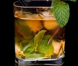 classic mint julep cokctail recipe