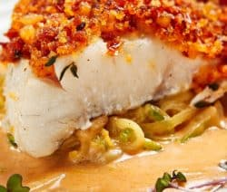Oven baked cod with gremolata breadcrumbs. Fresh cod fillets with breadcrumbs and herbs baked in an oven. Fast and easy! #oven #recipes #dinner #seafood #fish #cod #homemade