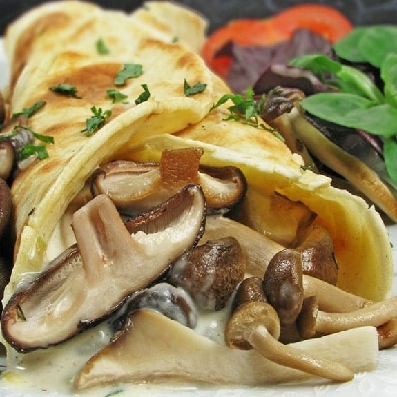 oven baked chicken and mushroom pancakes