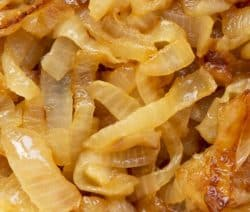 Pressure cooker caramelized onions. Caramelized onions are healthy and favorite component of many dishes, cooked in a pressure cooker. #pressurecooker #instantpot #healthy #vegetarian #vegan #homemade #lowcarb