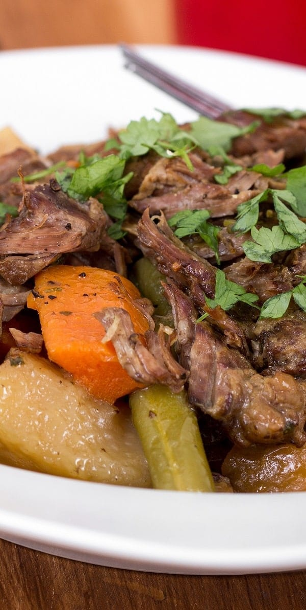 Pressure cooker beef stew. Beef chuck roast with vegetables and dry red wine cooked in a pressure cooker. Quick and delicious beef stew recipe!#pressurecooker #instantpot #beef #stew #dinner #homemade #yummy