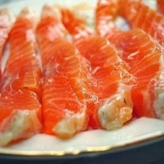 marinated salmon fillets
