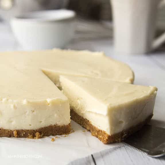 easy baked creamy cheesecake recipe