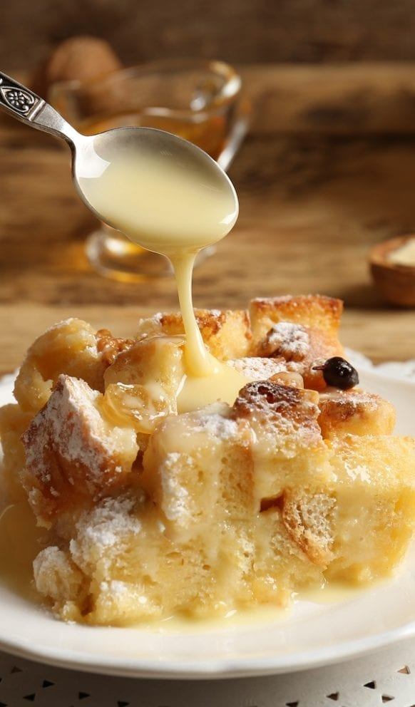 Slow Cooker Breakfast Bread Pudding Recipe #slowcooker #crockpot #desserts #puddings #delicious #homemade