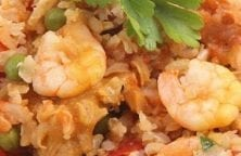slow cooker chicken and seafood paella recipe