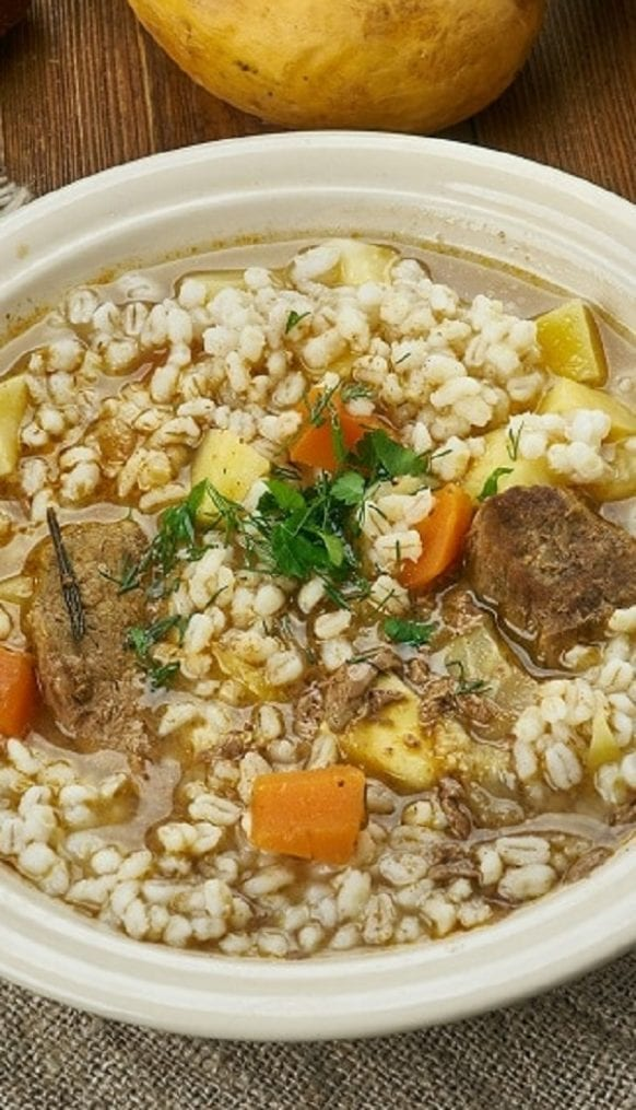 Slow cooker lamb and barley soup recipe. Very easy and delicious lamb and barley soup cooked in a slow cooker. This soup can also be made with lean pork or beef. #slowcooker #crockpot #dinner #lamb #barley #homemade