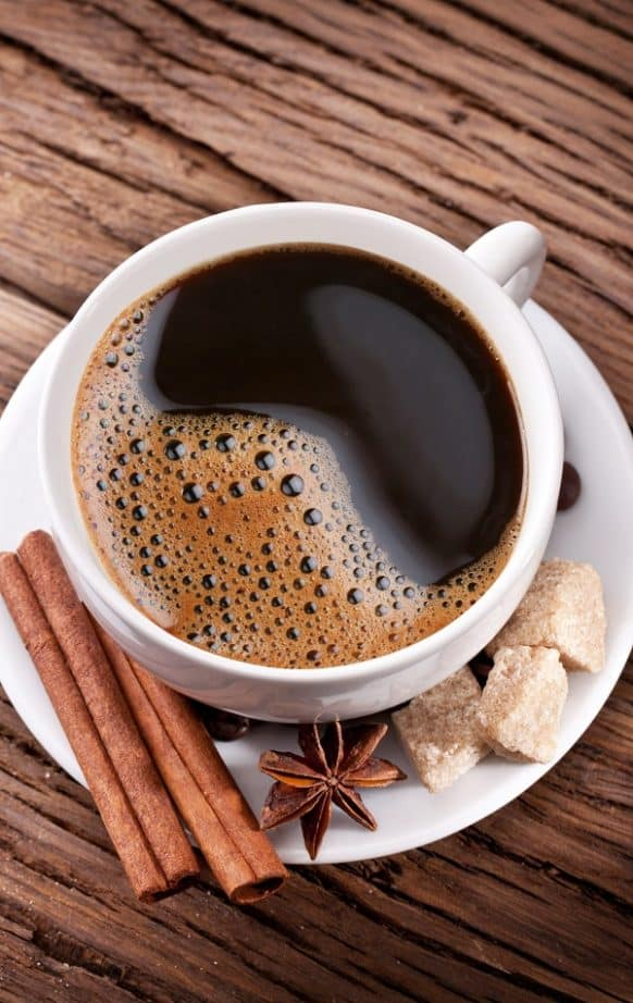 Slow cooker cinnamon java coffee recipe. Spiced coffee cooked in a slow cooker. An excellent choice for a cold winter evening. #slowcooker #crockpot #coffee #drink #dessert #homemade