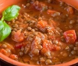 Slow cooker detox lentil soup recipe. Lentil with vegetables and spices cooked in a slow cooker. Very healthy and delicious! #slowcooker #crockpot #soup #detox #lentil #vegetarian #vegan #healthy