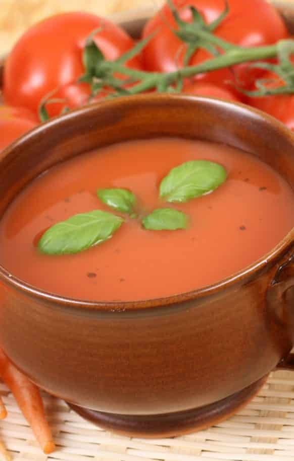 Slow cooker zesty tomato soup recipe. A veryeasy and tasty vegetarian soup cooked in a slow cooker. #slowcooker #crockpot #zesty #hearty #vegetarian #vegan #soup #dinner #homemade #healthy #lowcarb