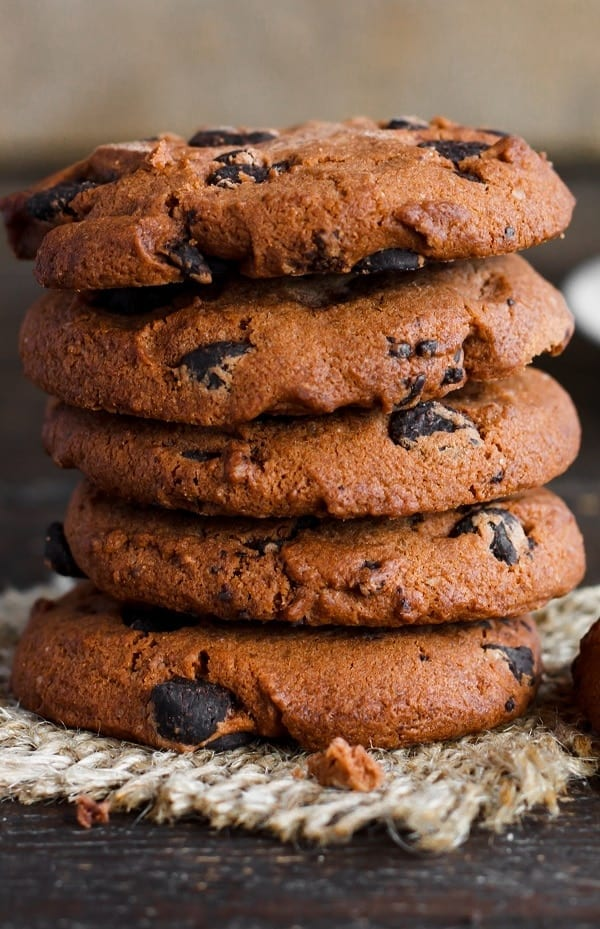 Double chocolate cookies. Chocolate cookies baked in a halogen (turbo) oven. #turbooven #halogenoven #oven #desserts #chocolate #cookies