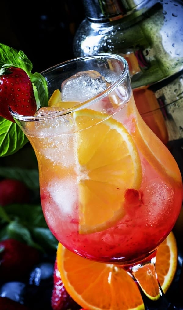 Easy rainbow sangria. Delicious alcoholic mixed drink made from fresh fruits. #cocktails #drinks #sangria #wine #beverages #party #homemade
