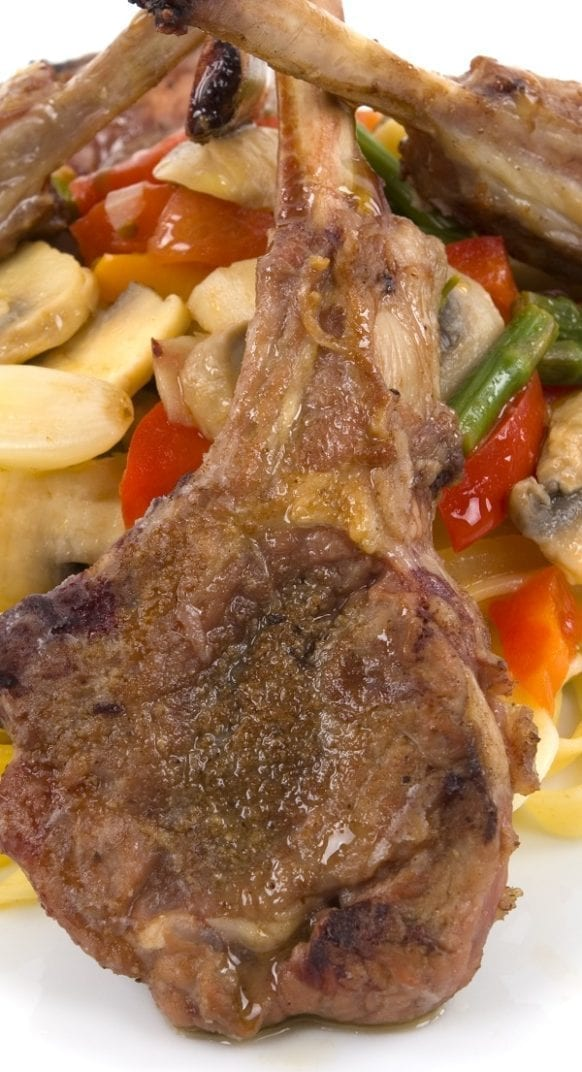 Lamb pasta with asparagus. Lamb chops with pasta and asparagus cooked in a halogen (turbo) oven. #lamb #pasta #turbooven #oven #dinner #halogenoven #turbocooker