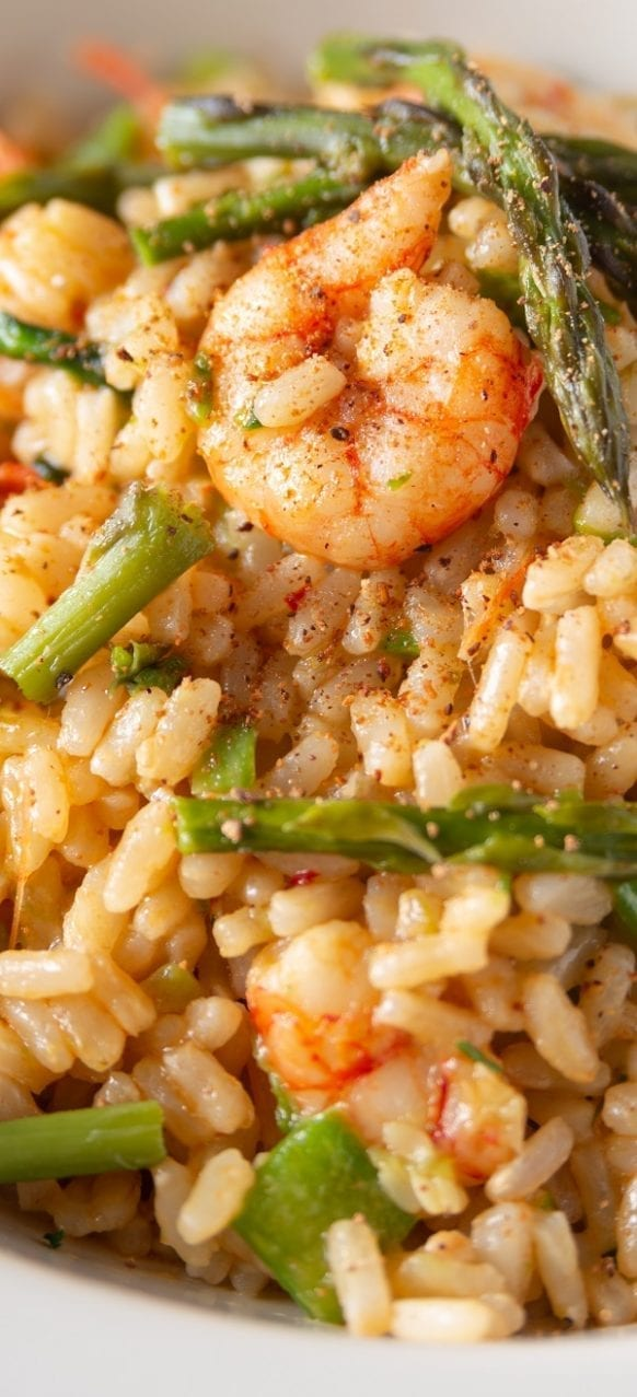 Pressure cooker shrimp risotto. Raw shrimp with asparagus, dry sherry and Arborio rice cooked in a pressure cooker. #pressurecooker #instantpot #risotto #shrimp #seafood #asparagus #dinner