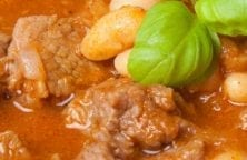 slow cooker beef and bean ragu recipe