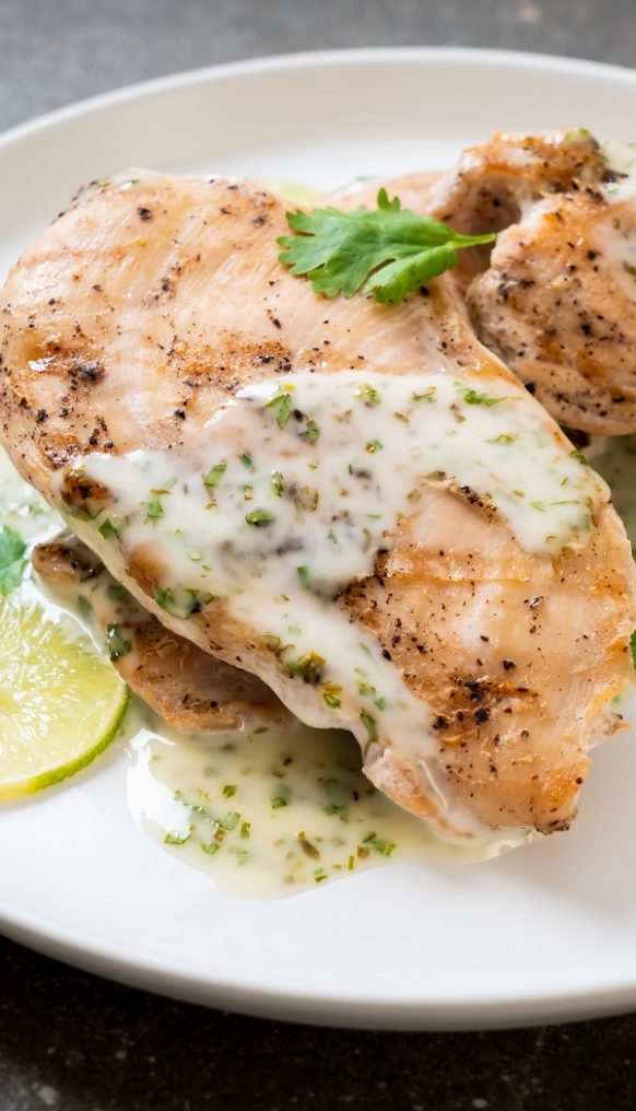 Slow cooker lemon-pepper chicken breasts. Chicken breasts with lemon juice, and pepper cooked in a slow cooker Only three-ingredient chicken recipe! Very easy and delicious #slowcooker #crockpot #chicken #breasts #dinner #creamy #easy #delicious