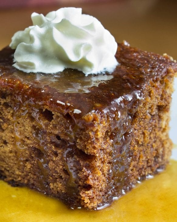 Slow cooker orange pudding cake with caramel sauce. Very easy and tasty dessert cooked in a slow cooker and served with tasty caramel sauce. #slowcooker #crockpot #desserts #puddings #homemade #delicious #breakfast