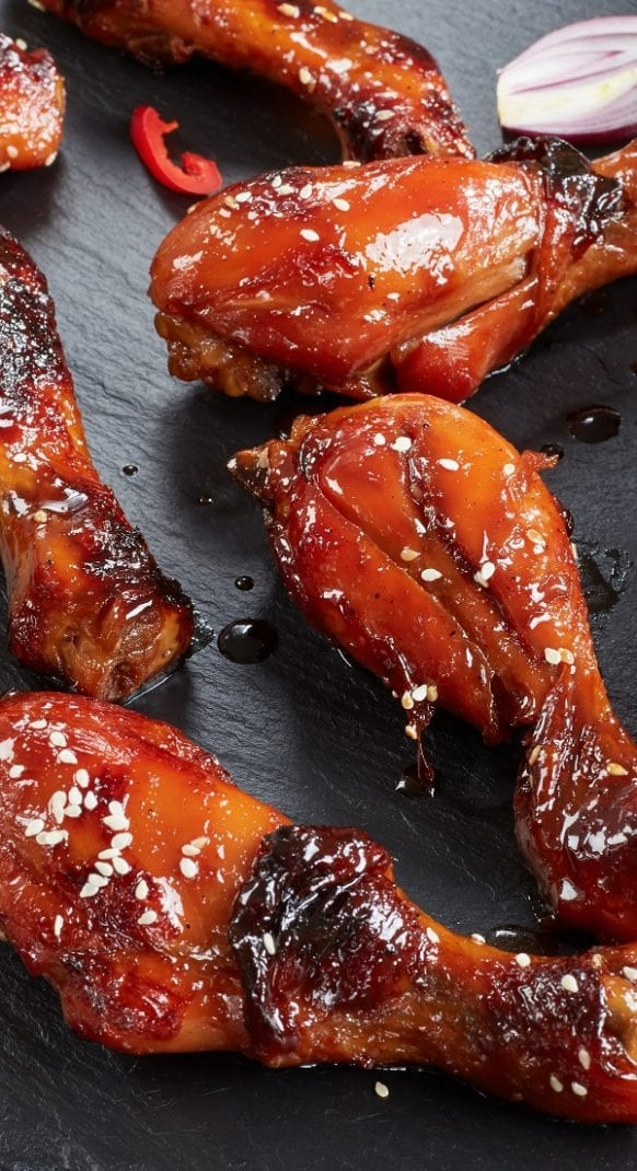 Crockpot Paleo teriyaki chicken drumsticks recipe. Chicken drumsticks with honey and spices cooked in a crock pot. Very simple and easy chicken recipe #slowcooker #crockpot #paleo #chicken #dinner #healthy