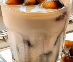 Iced mocha with mint. Very yummy nonalcoholic mixed drink. An excellent choice for hot summer day. #beverages #cocktails #drinks #mocha #mix