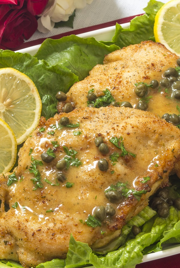 Slow cooker chicken with capers. Chicken breasts with capers cooked in a slow cooker. Very tasty! #slowcooker #crockpot #chicken #dinner #recipes #food