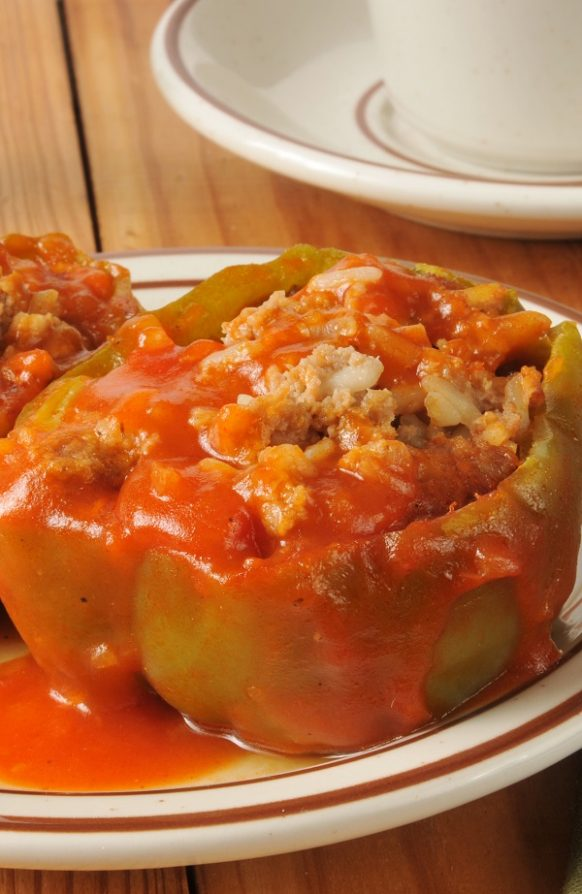 Slow cooker stuffed peppers. Beef and vegetable-stuffed green peppers cooked in a slow cooker. Very easy and delicious! #slowcooker #crockpot #dinner #lunch #stuffed #recipes