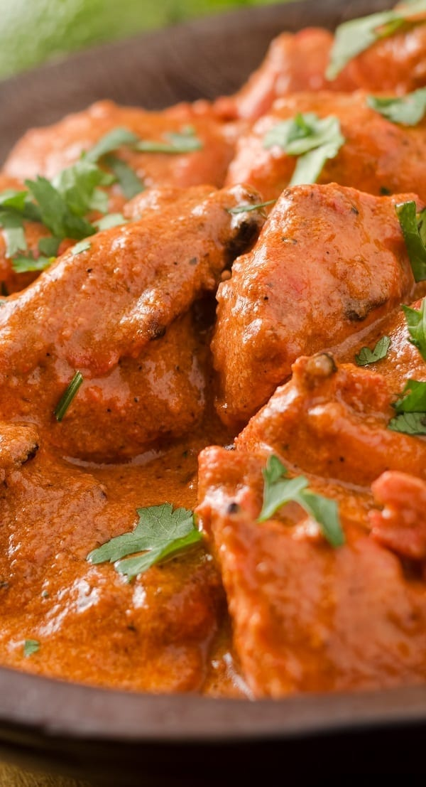 Slow cooker Kashmiri chicken stew recipe. Cubed chicken breasts with vegetables and Indian spices cooked in a slow cooker. #slowcooker #crockpot #chicken #indian #dinner #stew