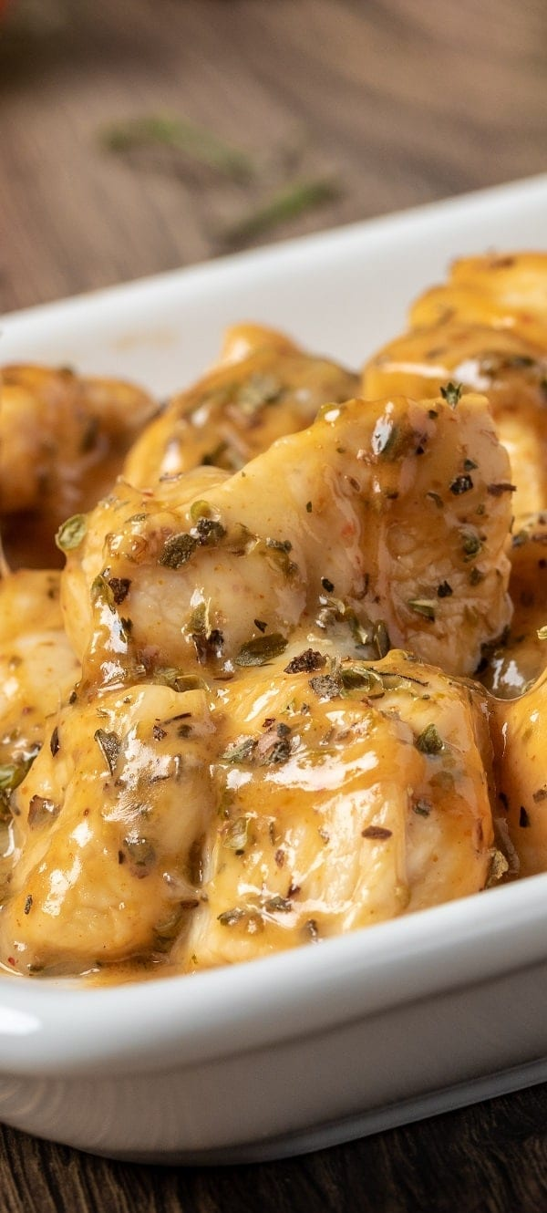 Slow cooker lemon chicken breasts. This is a very delicious chicken recipe cooked in slow cooker. Fresh lemon juice is flavor accent in this yummy recipe! #slowcooker #crockpot #chicken #dinner #homemade #delicious