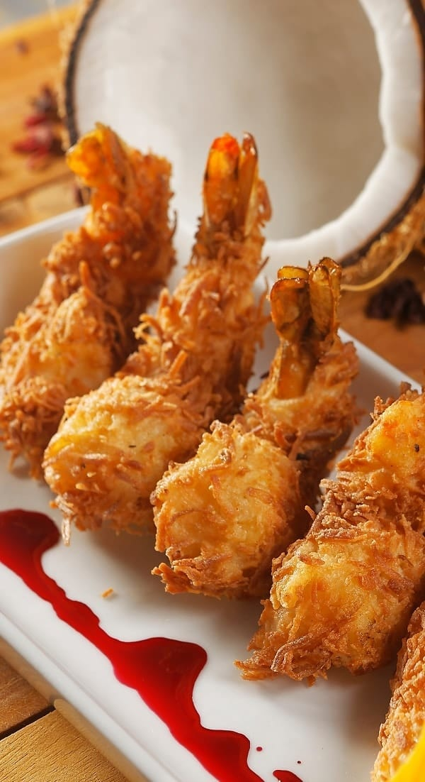 Air fryer coconut shrimp recipe. Learn how to cook easy and super delicious crispy coconut shrimp in an air fryer. #airfryer #seafood #dinner #shrimp #appetizers #party #coconut