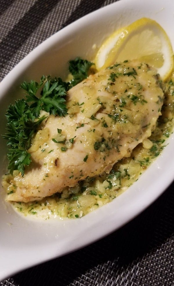 Air Fryer lemon-garlic chicken recipe. Learn how to fry yummy chicken breasts in an air fryer. Quick and easy. #airfryer #dinner #chicken #easy #quick