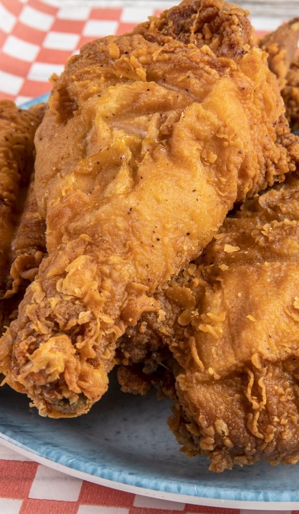 Air fryer Southern-Style chicken recipe. Learn how to cook yummy and crispy Southern-Style chicken in an air fryer. #airfryer #dinner #lunch #chicken #crispy