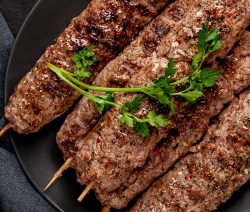 Air fryer lamb kebabs recipe. Learn how to cook delicious Greek lamb kebabs (kofta) in an air fryer. #airfryer #dinner #lunch #lamb #kebabs