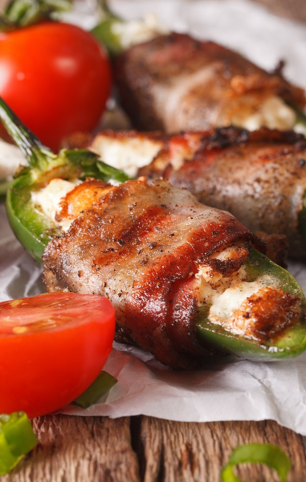 Air fryer cheesy bacon wrapped jalapeños recipe. Learn how to cook yummy and cheesy jalapeño peppers in an air fryer. #airfreyr #oven #dinner #jalapenos #recipes #magicskilletrecipes