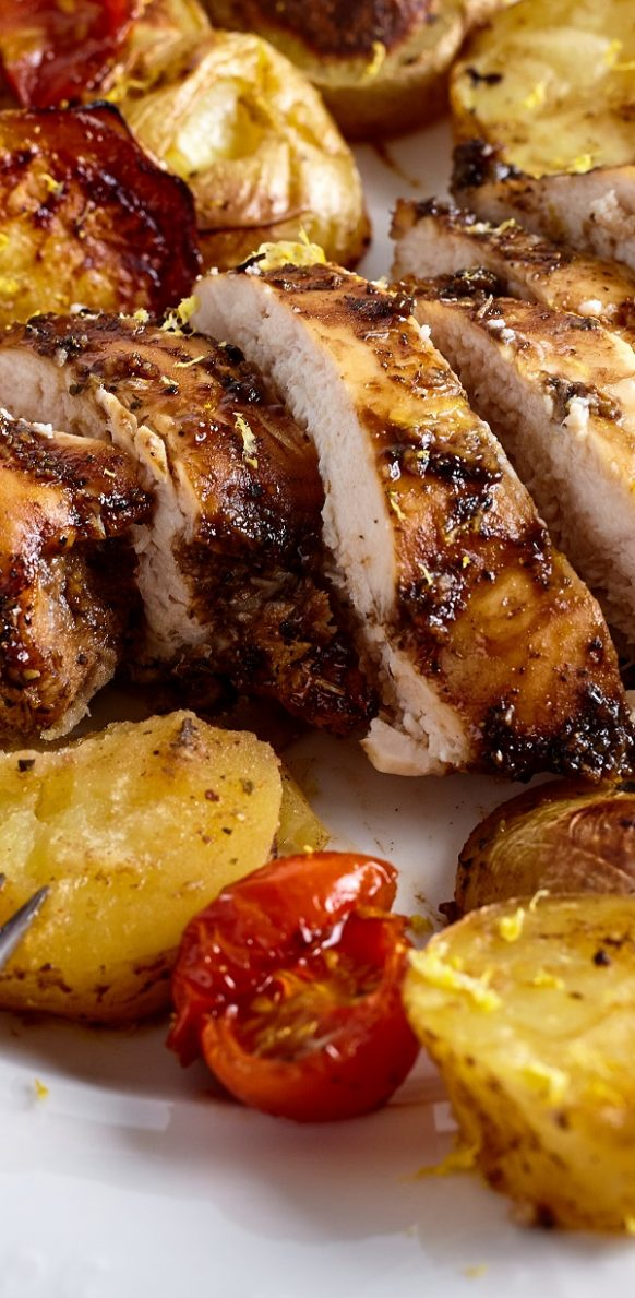 Air fryer honey balsamic chicken breasts recipe. Learn how to cook juicy and tender chicken breasts in an air fryer. #airfryer #chicken #dinner #easy #juicy #homemade #magicskilletrecipes