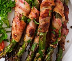 Air fryer bacon-wrapped asparagus recipe. Learn how to cook crispy and delicious asparagus in an air fryer. #airfryer #dinner #easy #asparagus #lunch #recipes #food #cooking